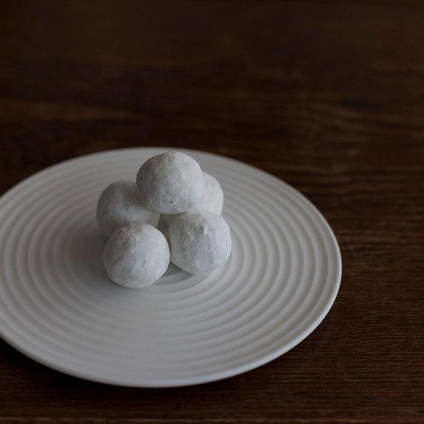 和菓子にも洋菓子にも便利な「はくさ」プレート