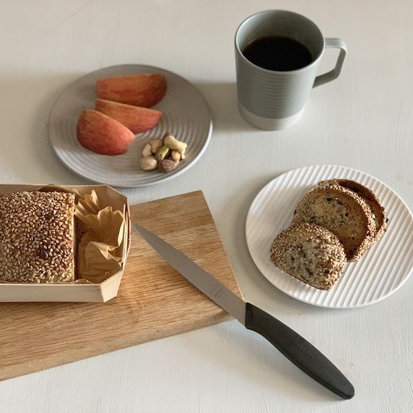 ある朝のパンとコーヒー